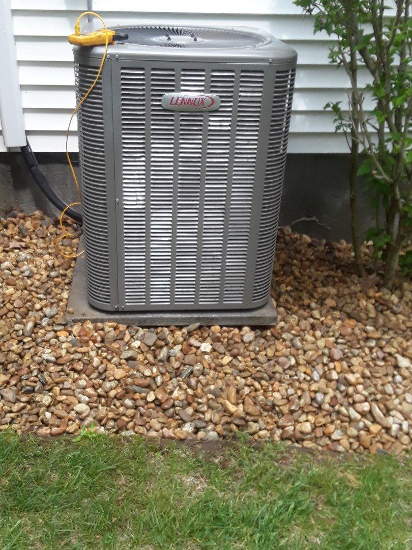 Boylston, MA - Clean and check Lennox AC unit