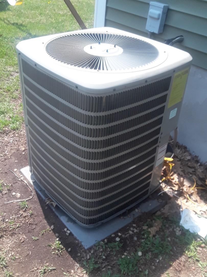 Rutland, MA - Repair on a Goodman AC unit