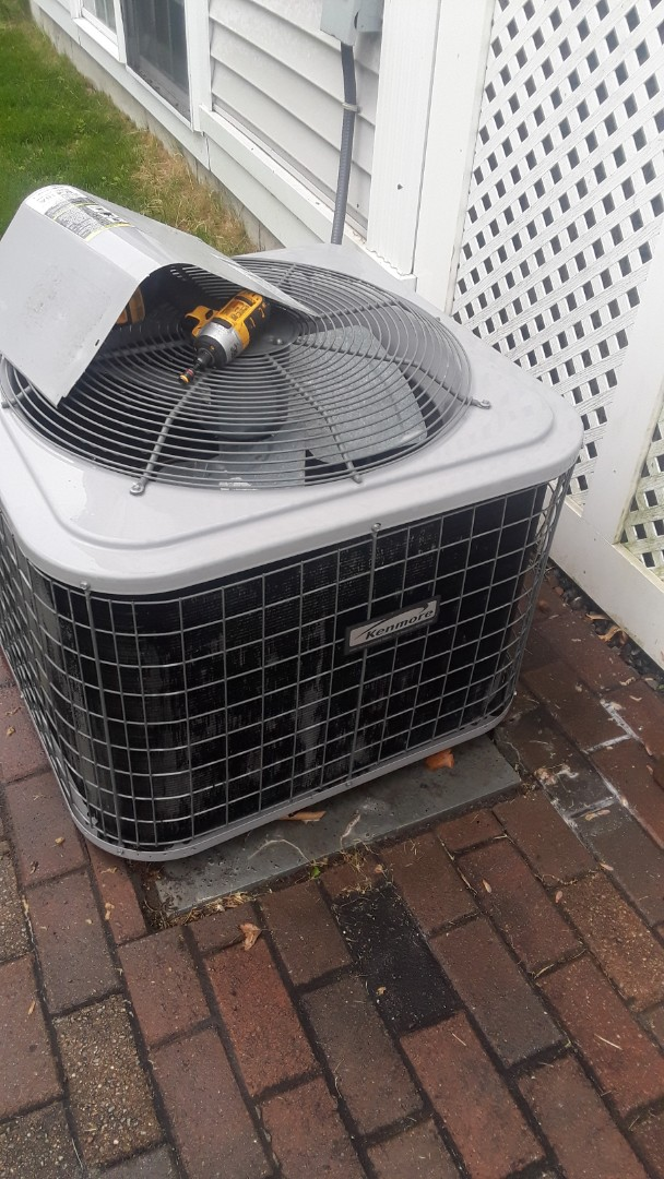 Lunenburg, MA - Clean and check Kenmore ac unit