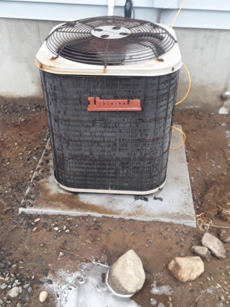 Auburn, MA - Clean and check Ducane AC unit