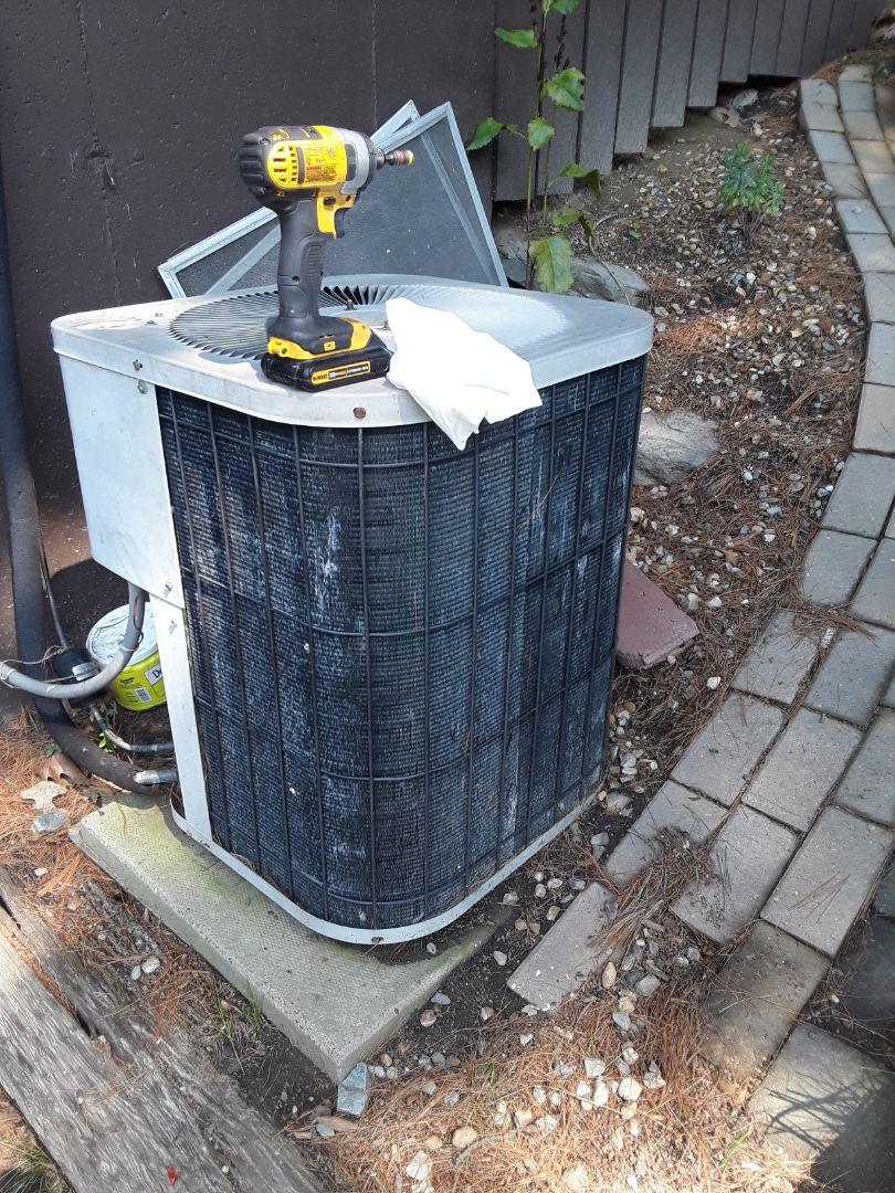 Lunenburg, MA - Clean and check Goodman AC unit