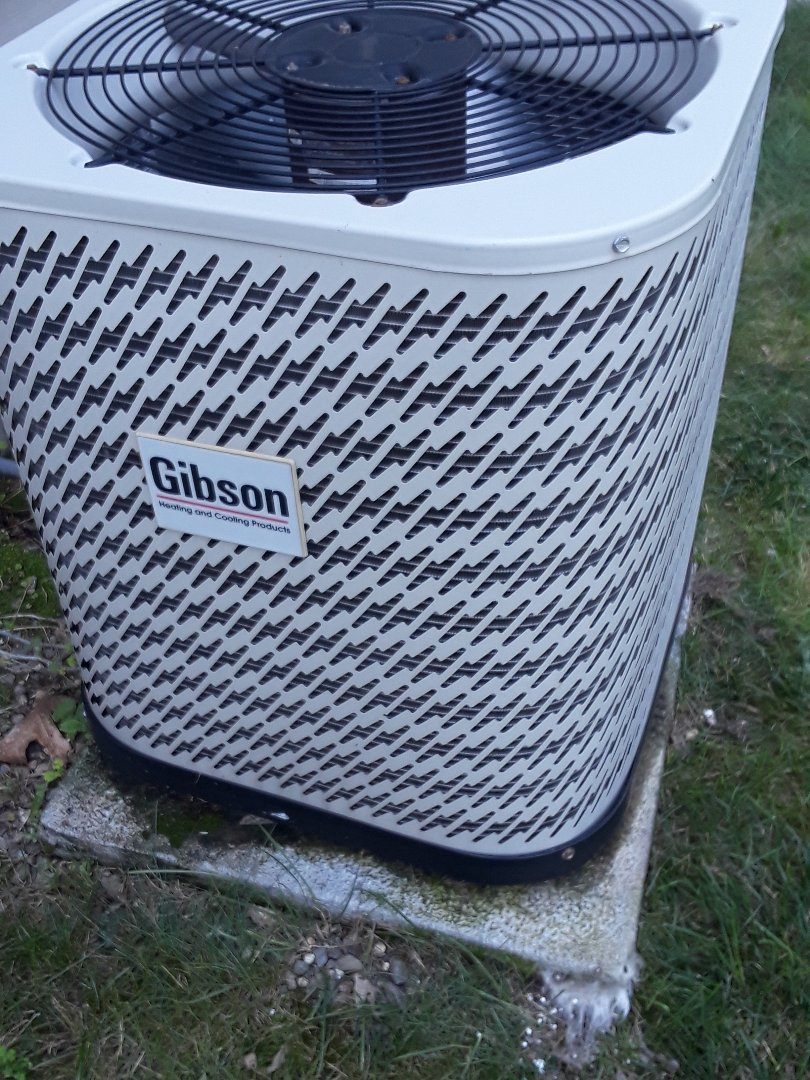 Leominster, MA - Repair on a Gibson AC unit