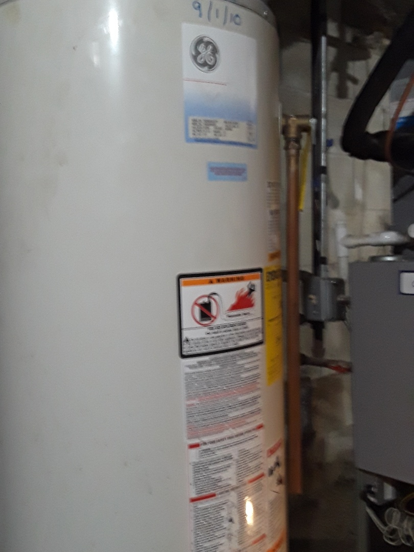 Holden, MA - GE gas water heater thermocouple replacement