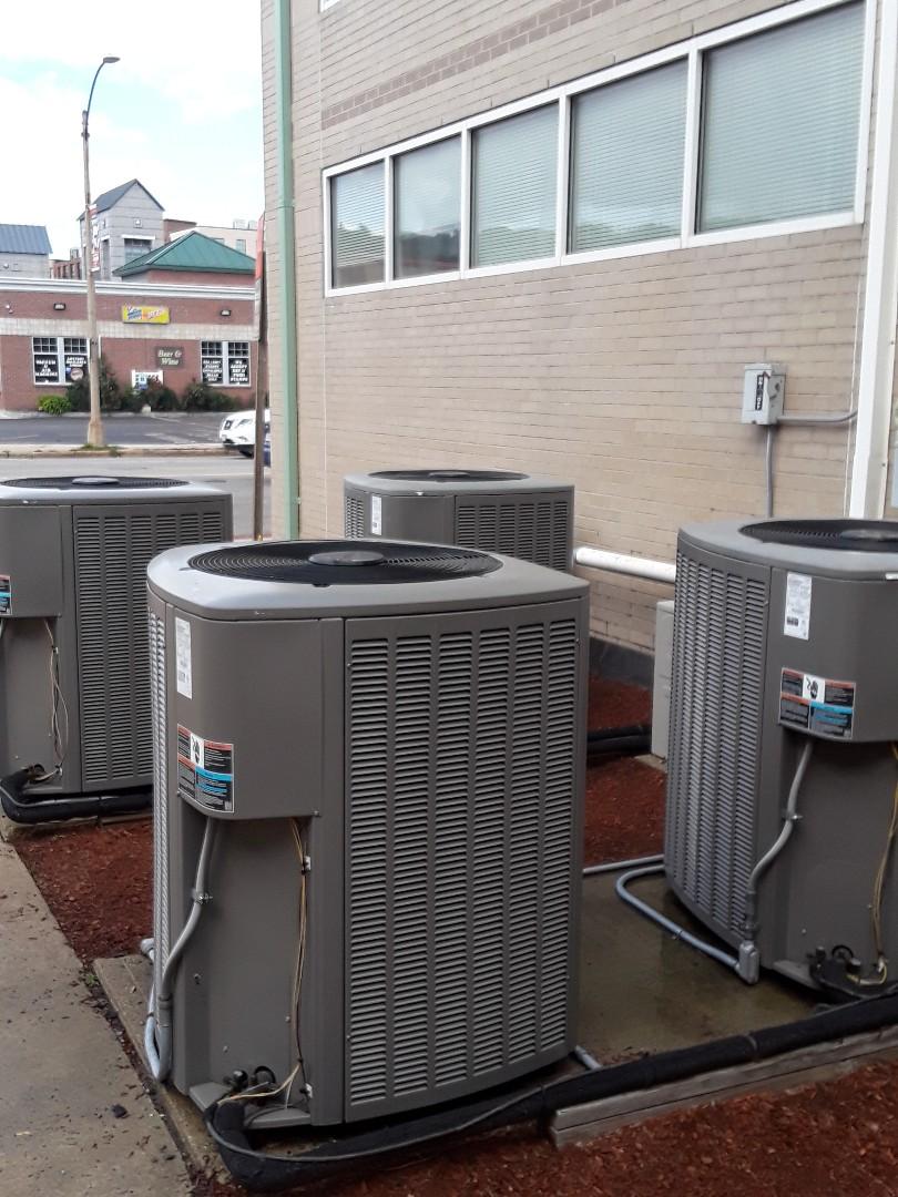 Fitchburg, MA - Clean and check Lennox AC units