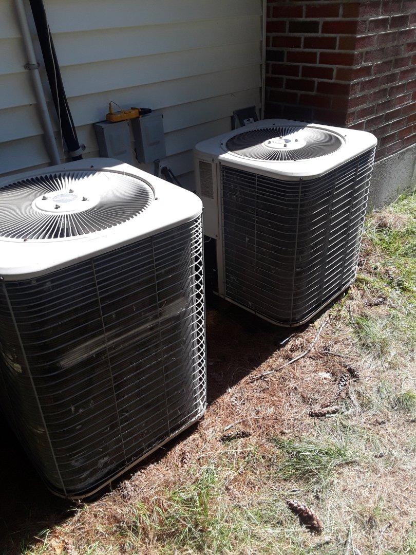 Sudbury, MA - Clean and check Lennox AC units