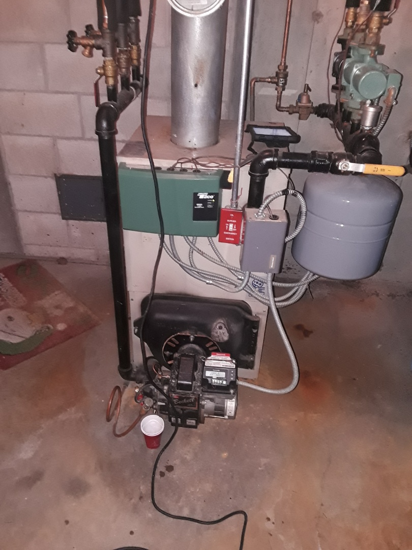 Leominster, MA - Clean and check Lennox oil heating unit