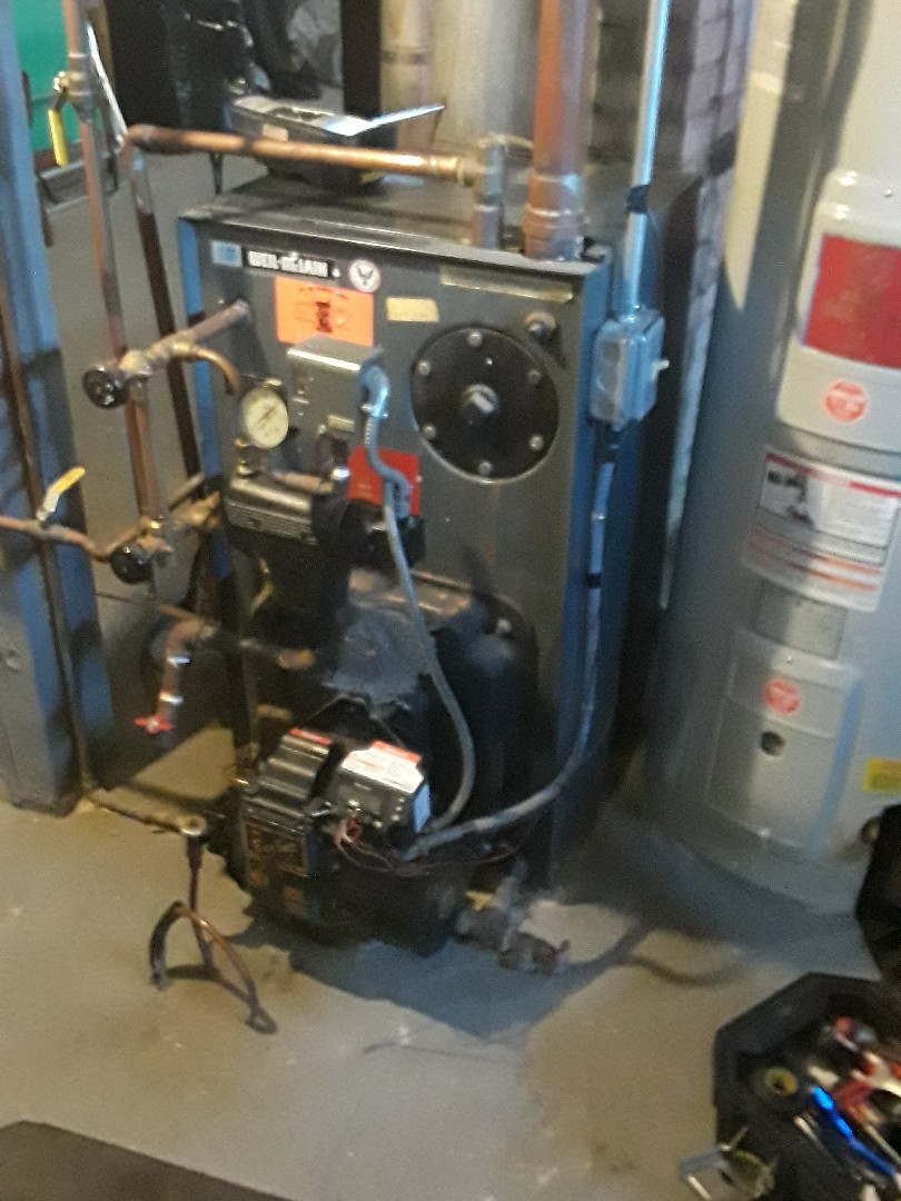 Leominster, MA - Clean and check Weil McLain oil heating unit