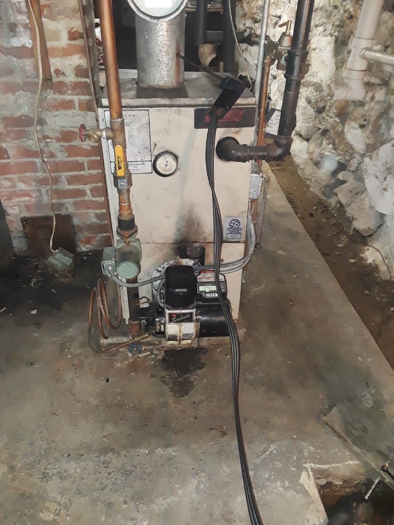 West Boylston, MA - Clean and check Lennox Oil boiler