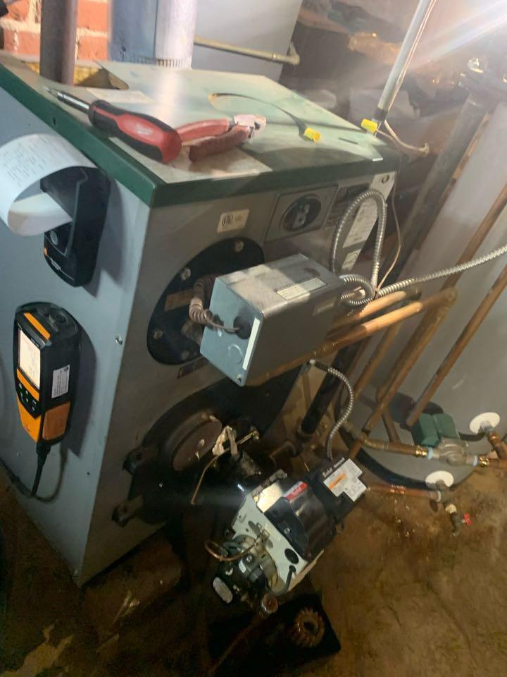Clinton, MA - Preventative maintenance on a peerless oil boiler