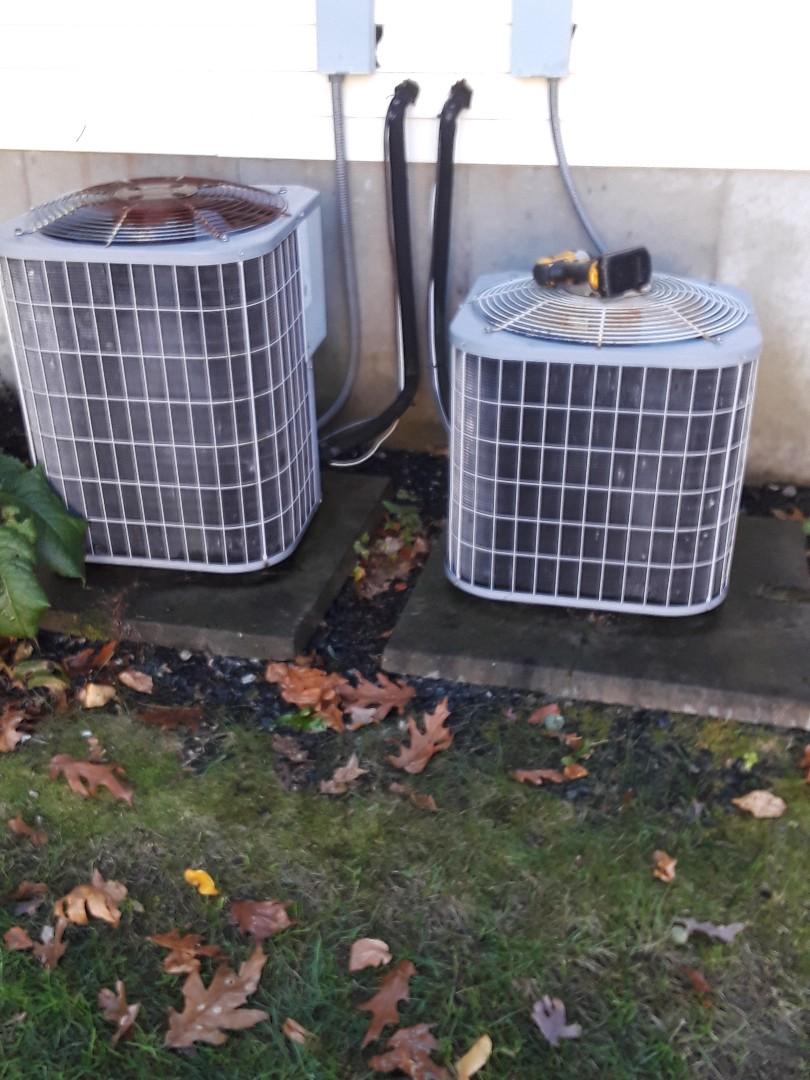 Shrewsbury, MA - Clean and check Carrier AC units
