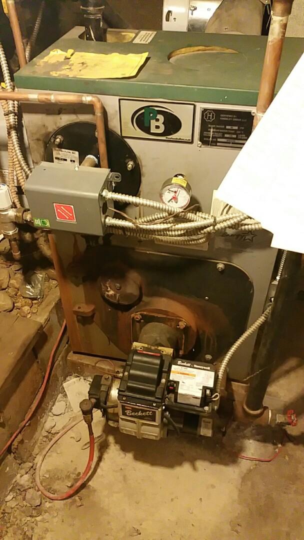 Leominster, MA - Oil burner service call made repair to  peerless boiler