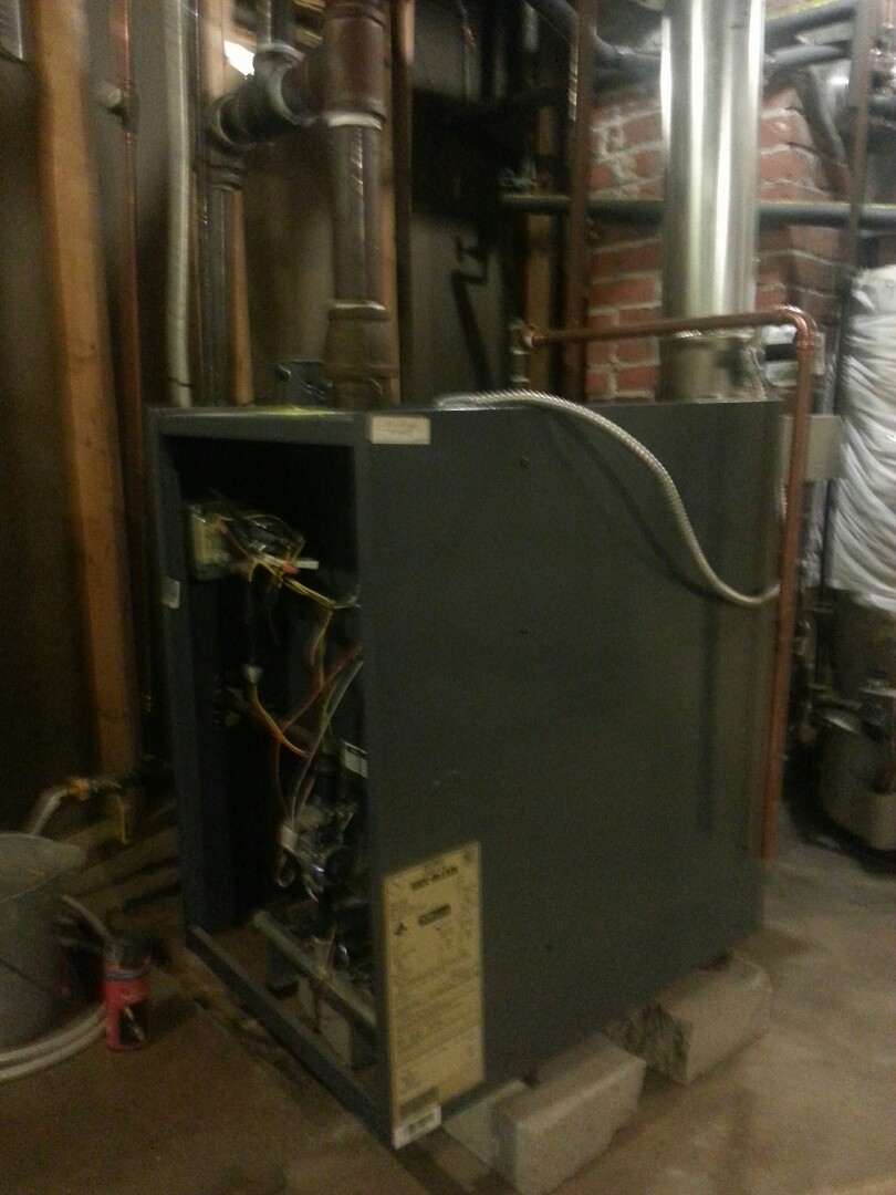 Uxbridge, MA - Maintenance weil mcclain steam boiler PEG/EG