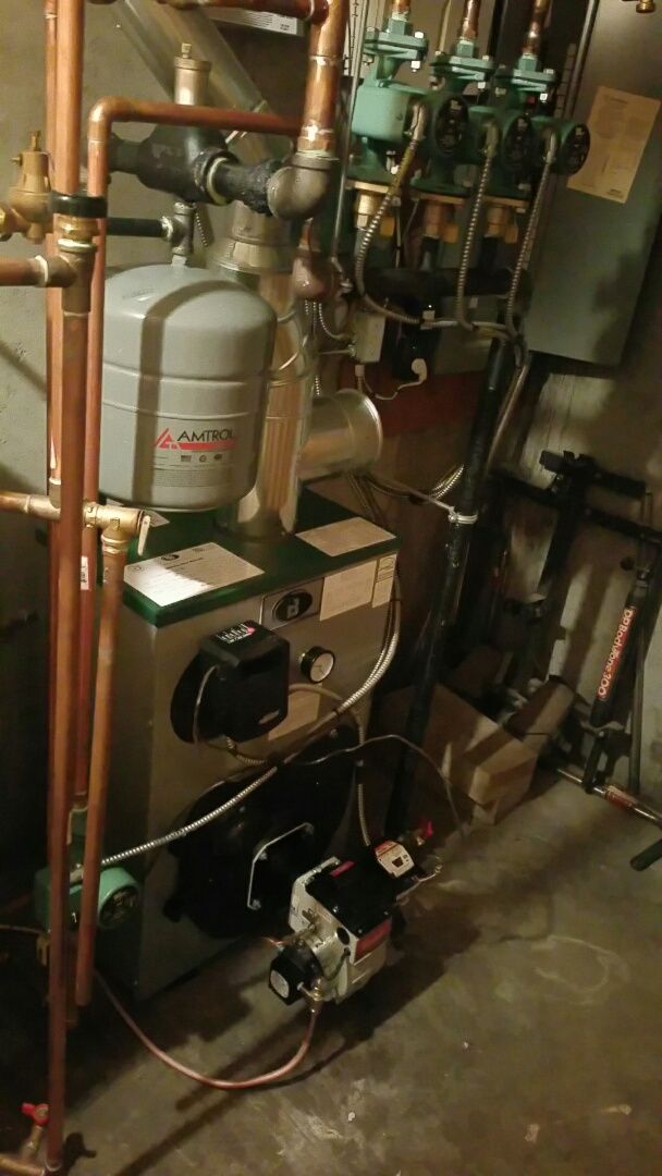Fitchburg, MA - Oil heat maintenance call. Performed cleaning and tune up on Peerless oil fired boiler.