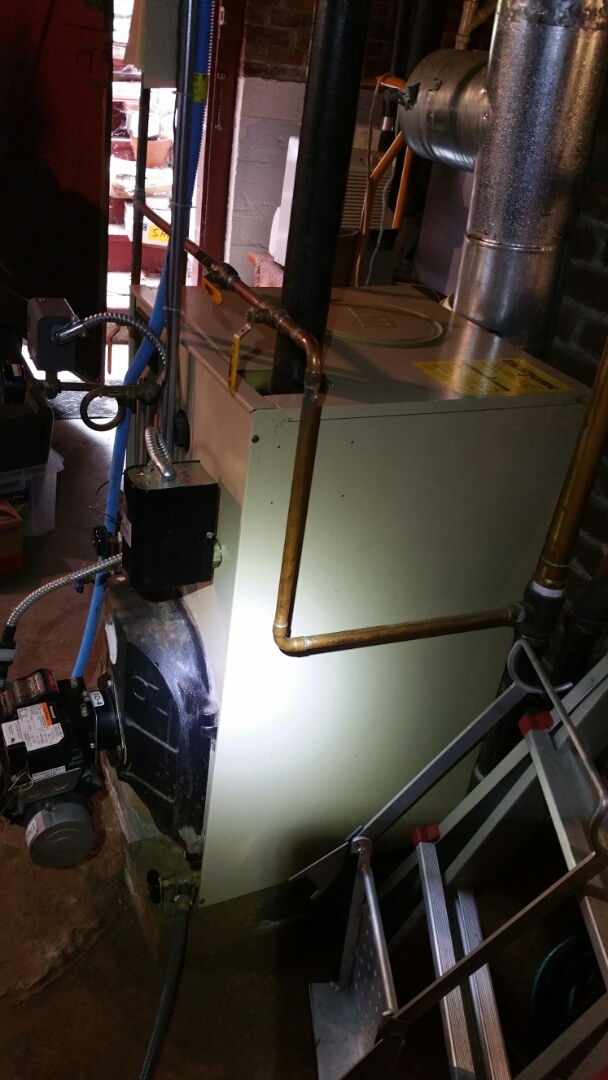Boylston, MA - Oil heat maintenance call. Performed cleaning and tune up on Weil McLain oil fired steam boiler