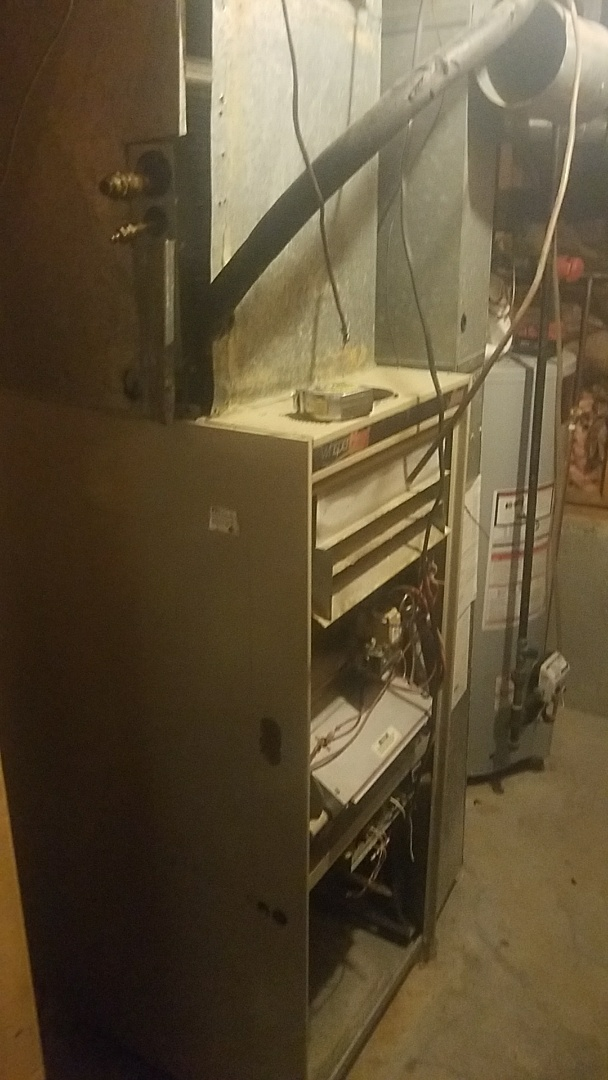 Westborough, MA - Installation of new lennox high efficiency furnace and air conditioning