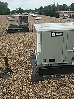 Leominster, MA - Clean and check TRANE rooftop units