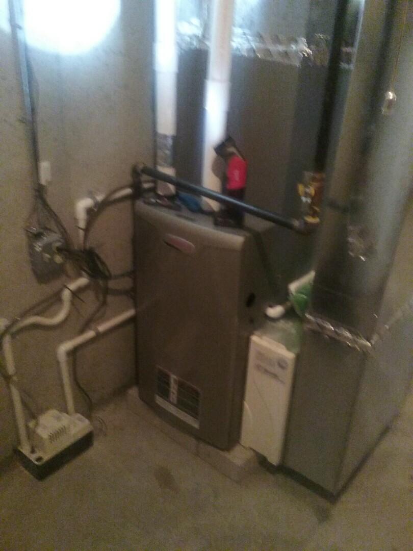 Grafton, MA - Maintenance on a Lennox gas Air furnace