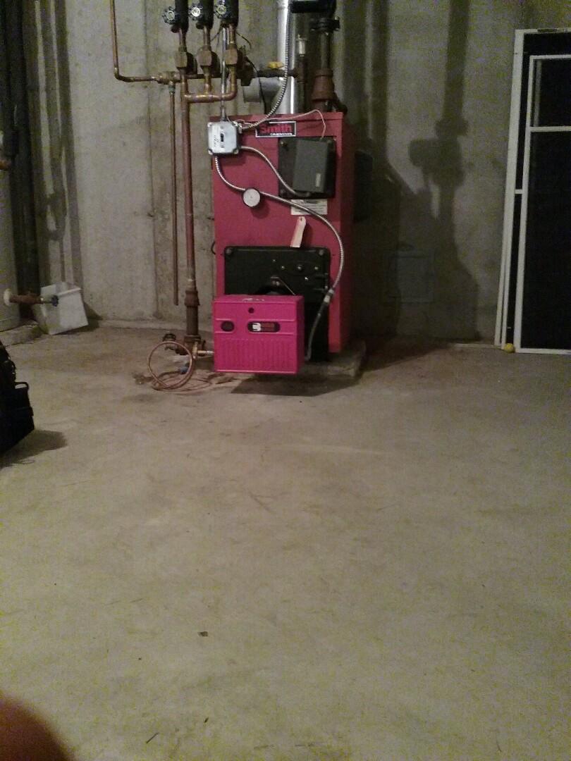 Boylston, MA - Maintenance hb smith oil boiler with Riello burner