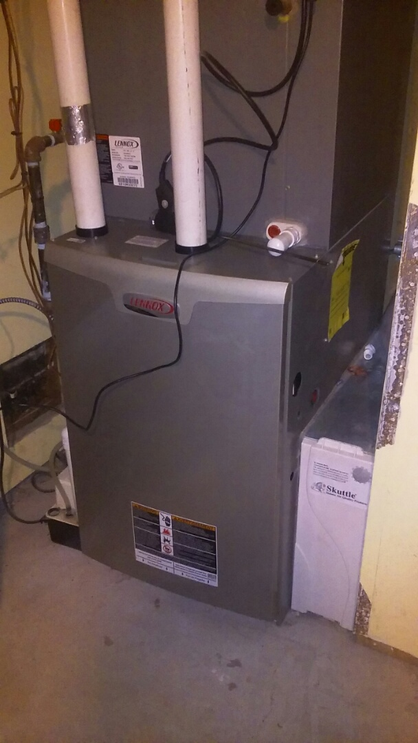 Boxborough, MA - Clean and check Lennox gas furnace