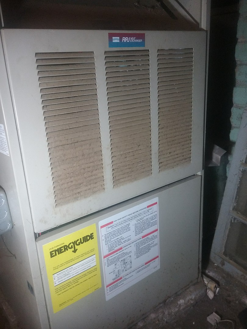 Leominster, MA - Service of a comfortable gas air furnace