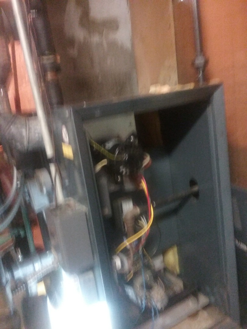 Millbury, MA - Maintenance on a weil McClain gas boiler