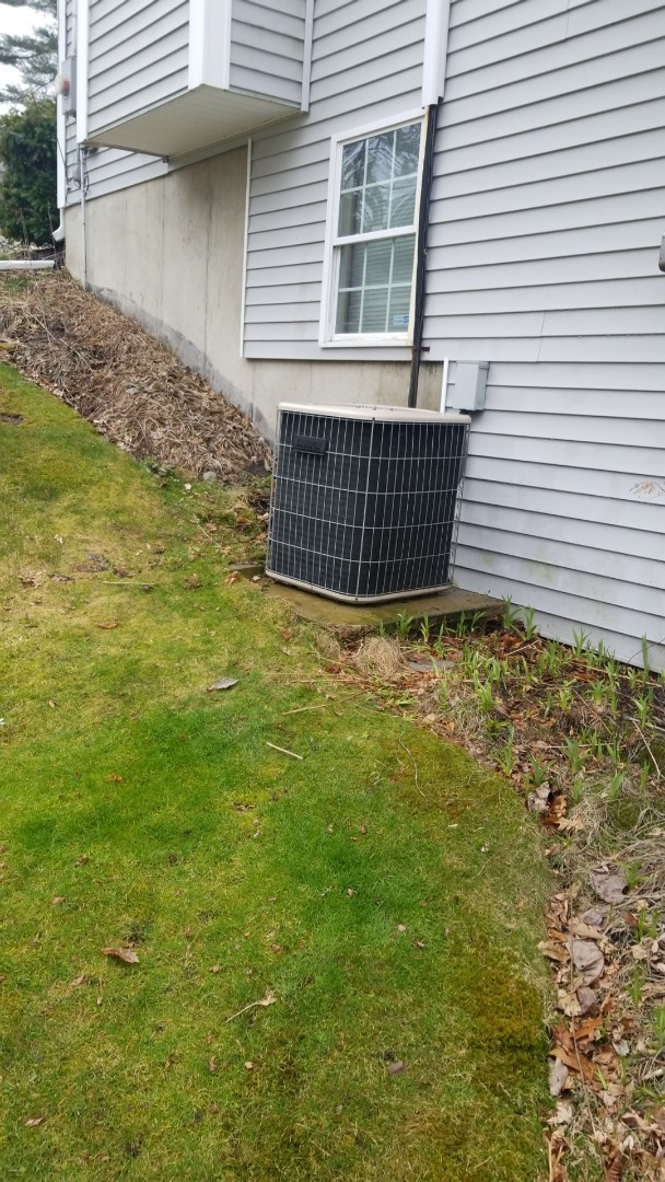 Webster, MA - Service a lennox air conditiong system