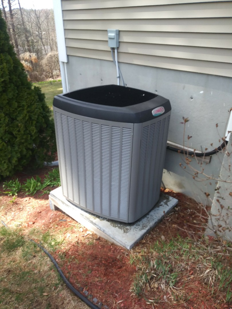 Sturbridge, MA - Cleaning coils on lennox a/c