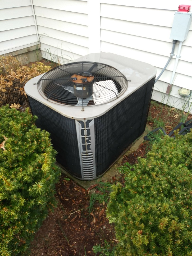 Worcester, MA - Cleaning and checking york a/c system