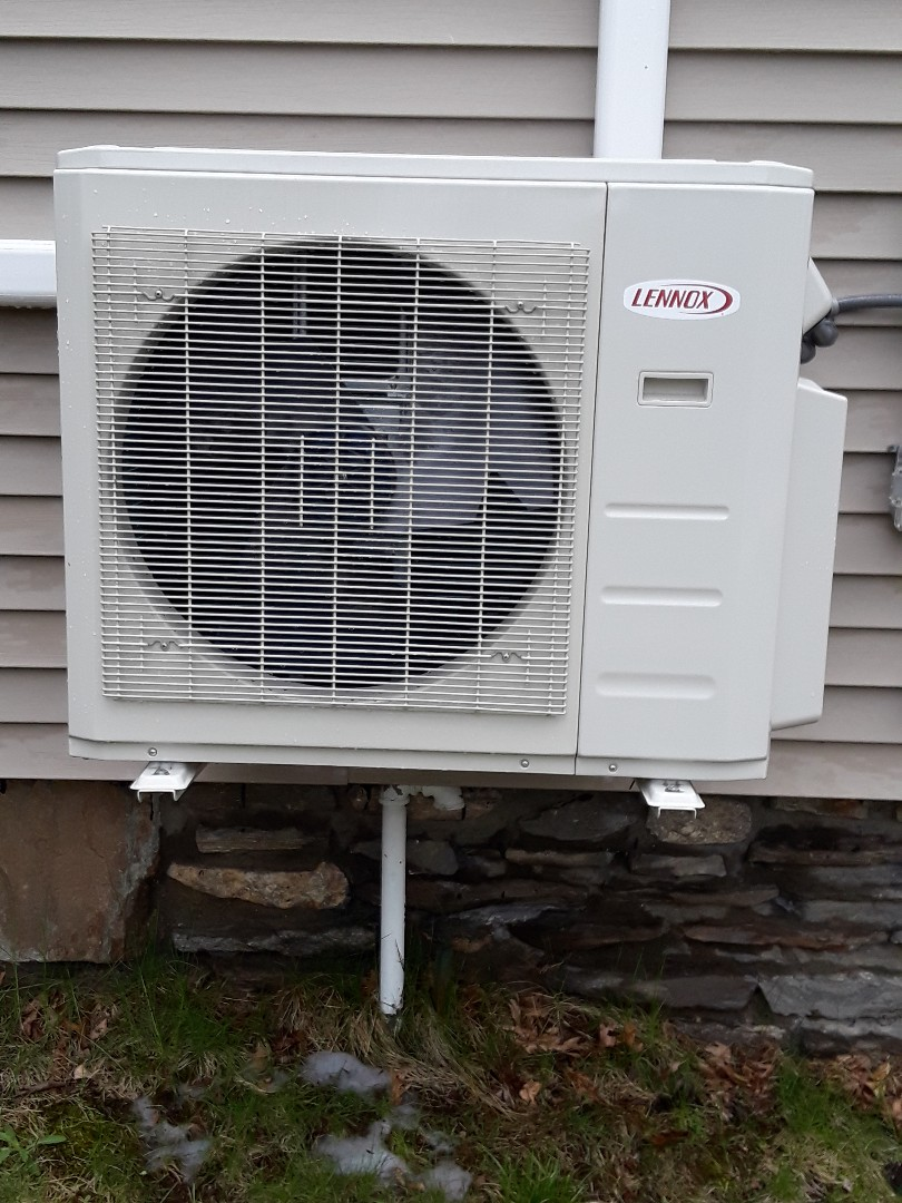 Auburn, MA - Clean and check Lennox Mini split unit