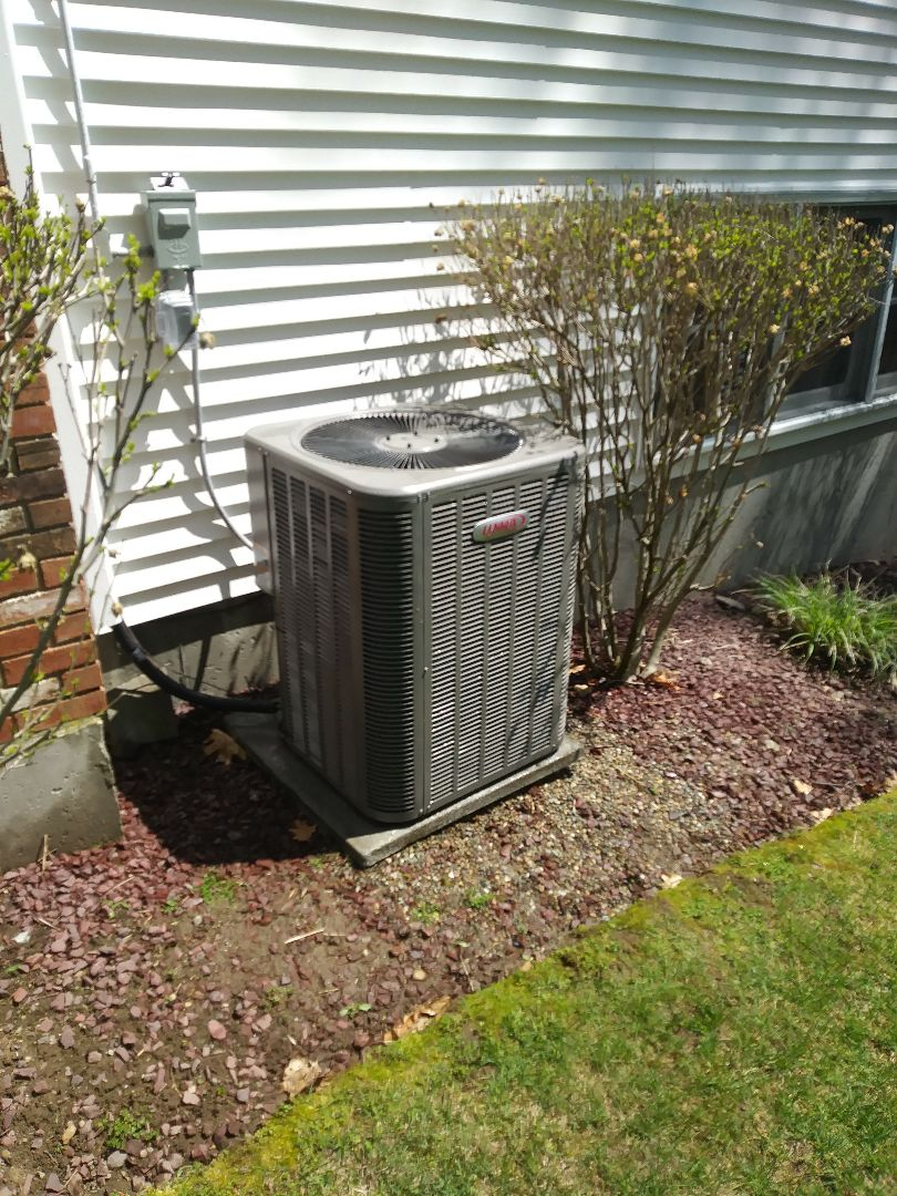 West Boylston, MA - Performing clean and check on lennox ac system