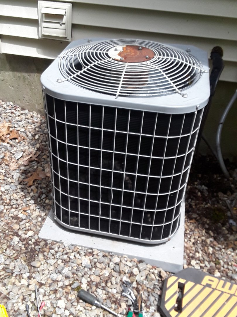 Holden, MA - Repair on Carrier AC unit
