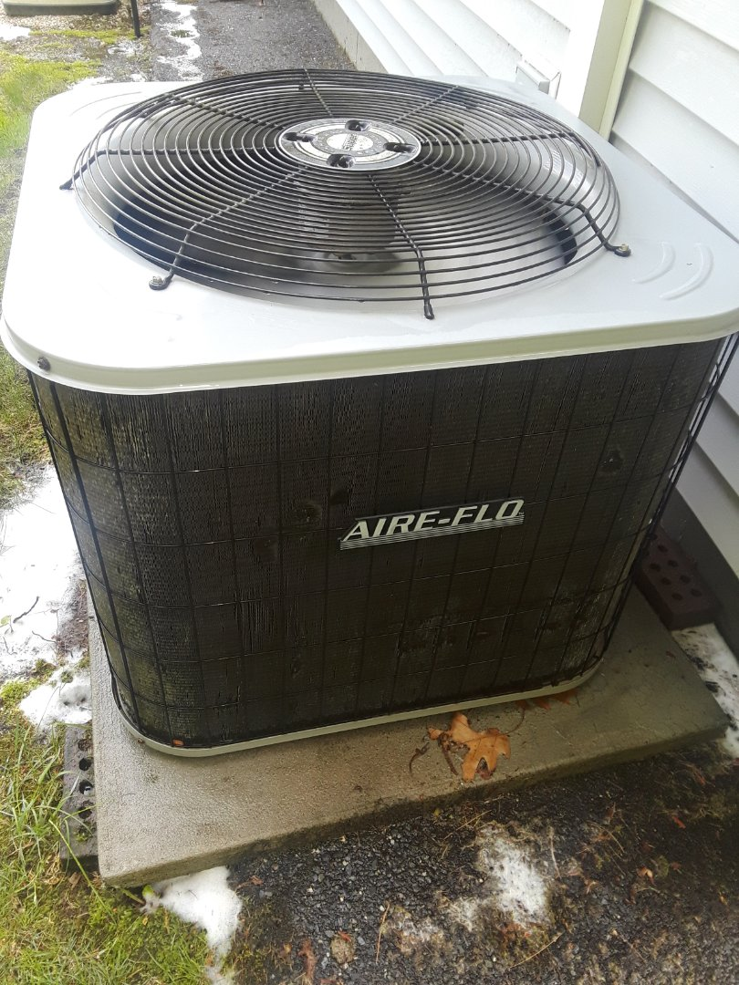 Leominster, MA - Clean and Check Air Flo AC unit