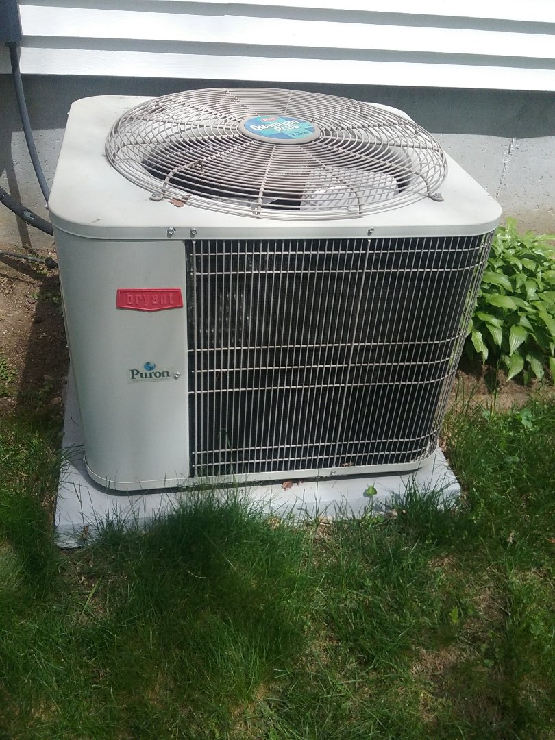 Holden, MA - Service of a bryant air conditioner