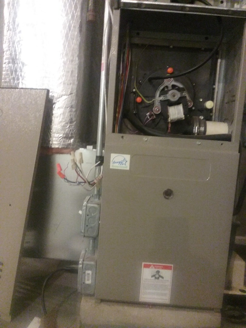 Northbridge, MA - Service of a Goodman gas furnace