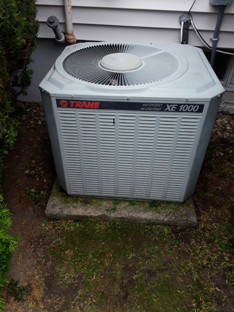 Lunenburg, MA - AC repair on a Trane Unit