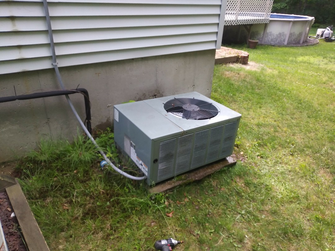 Douglas, MA - Performing clean and check on rheem a/c unit and lg heat pumps