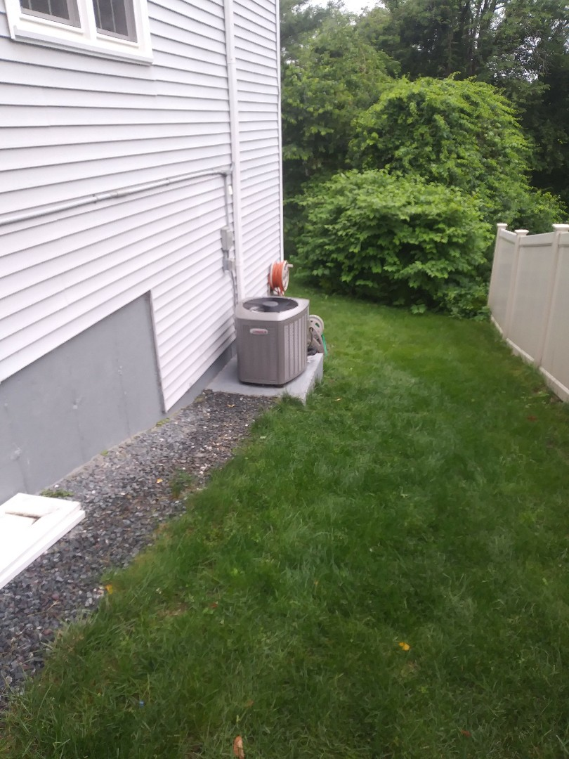 Framingham, MA - Performing clean and check on a lennox air conditioning system