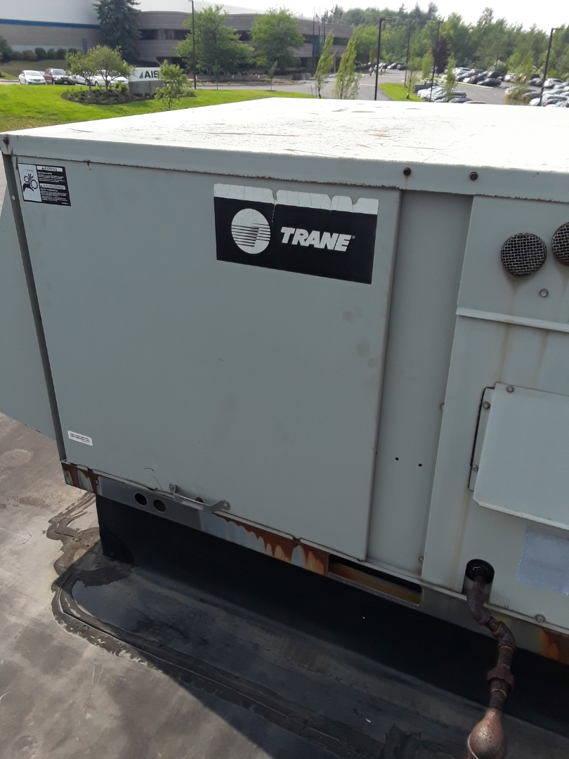 Leominster, MA - Fan motor replacement on a Trane rooftop unit
