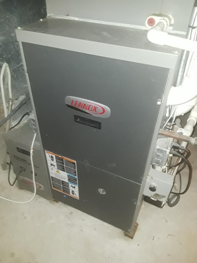 Shrewsbury, MA - Clean and check Lennox AC units
