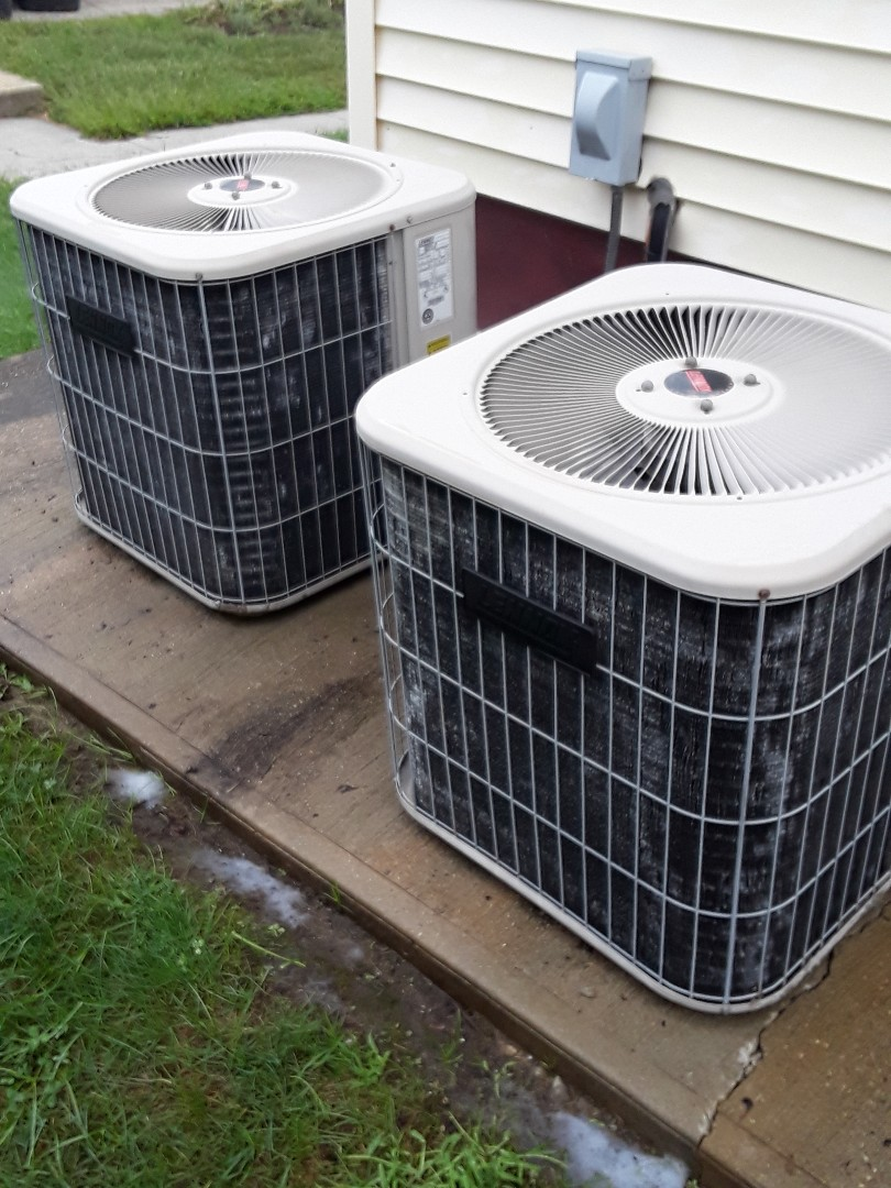 Clinton, MA - Clean and check Lennox AC units