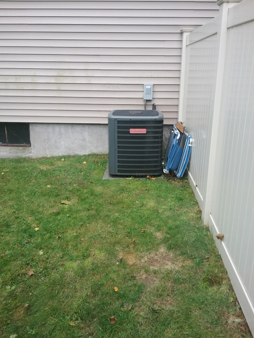 Grafton, MA - Service of a goodman condensing uint