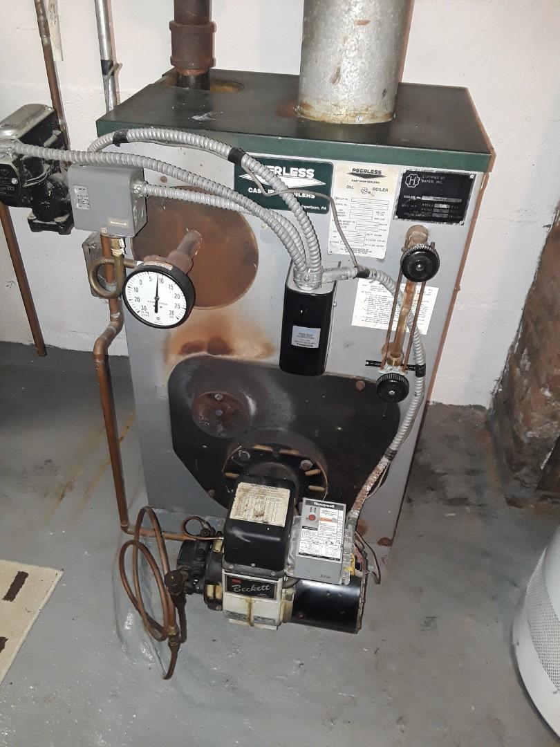 Leominster, MA - Clean and Peerless oil boiler