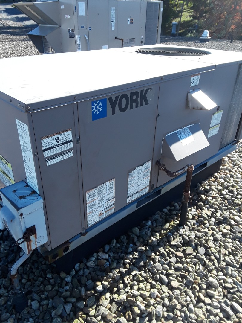 Leominster, MA - Heat repair on a York rooftop unit