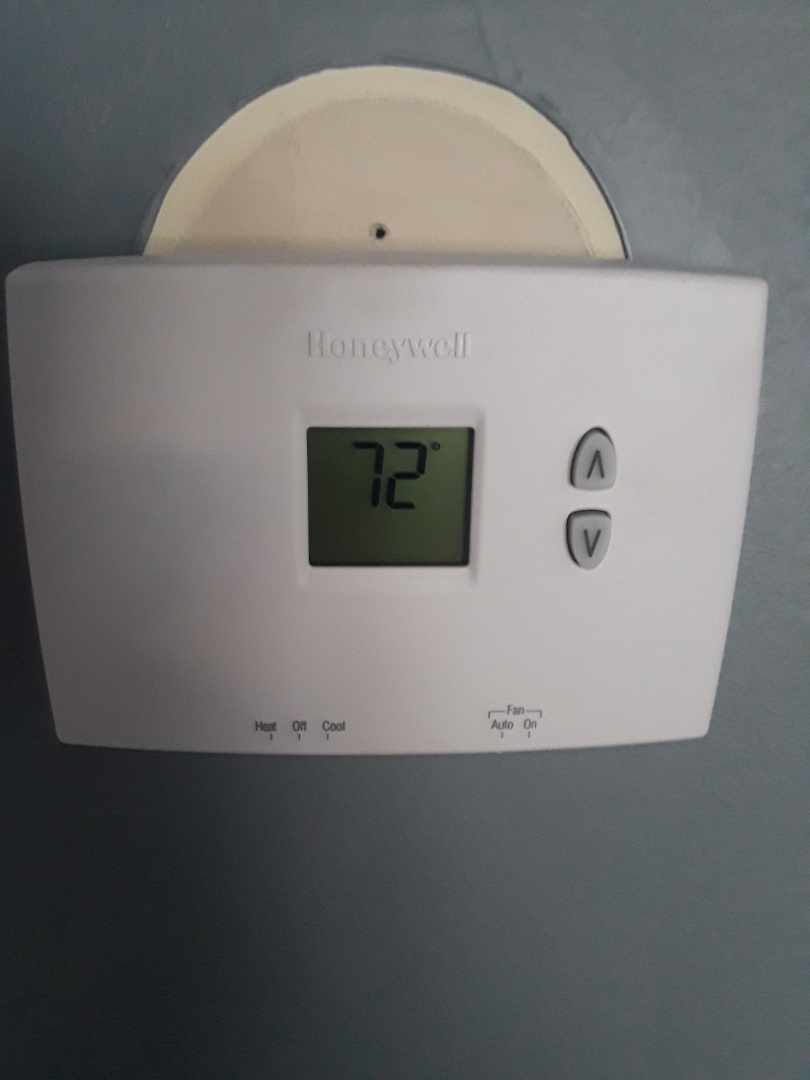 Leominster, MA - Honeywell Thermostat replacement