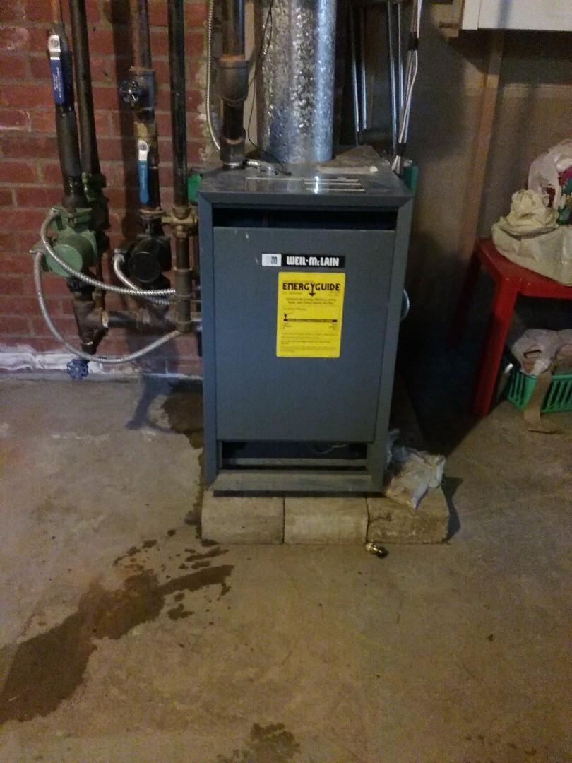Shrewsbury, MA - Service on a weil mclainn boiler