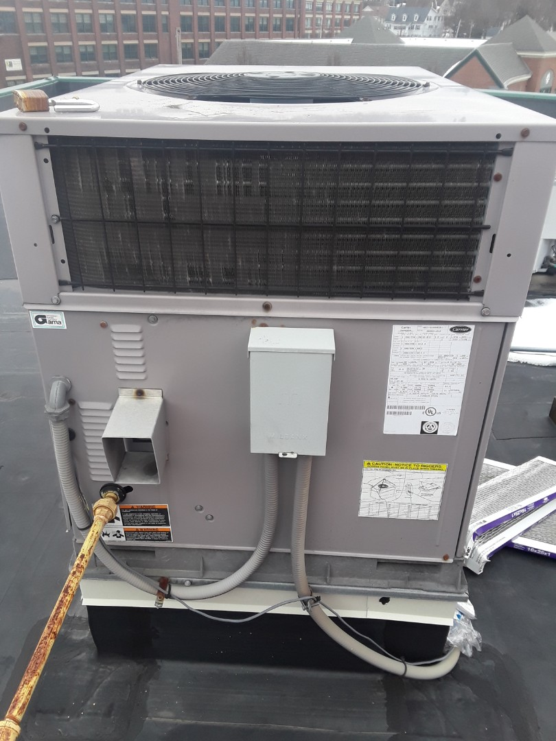 Gardner, MA - Heat repair on a Carrier rooftop unit