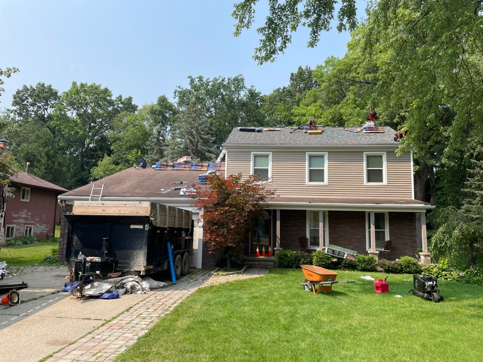 White Lake charter Township, MI - Certainteed landmark pro roof replacement Roof-rite Inc. Driftwood