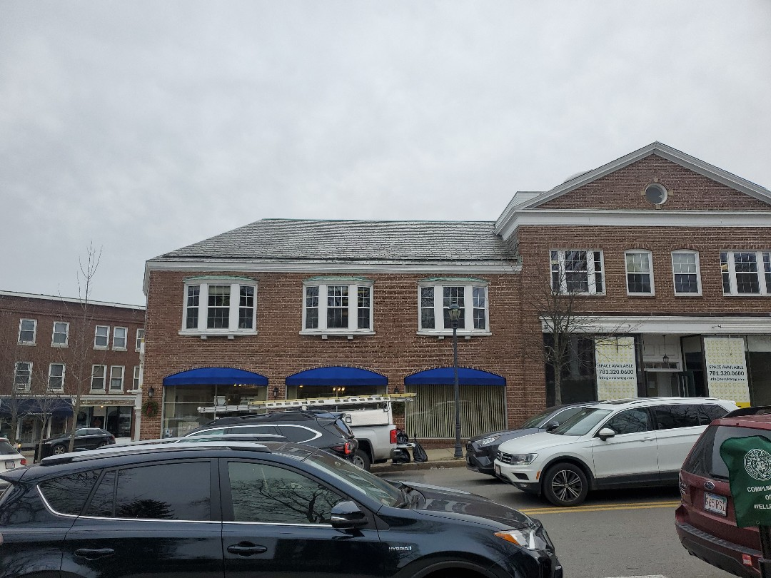 Wellesley, MA - slate shingle repaired damaged and missing slate tiles