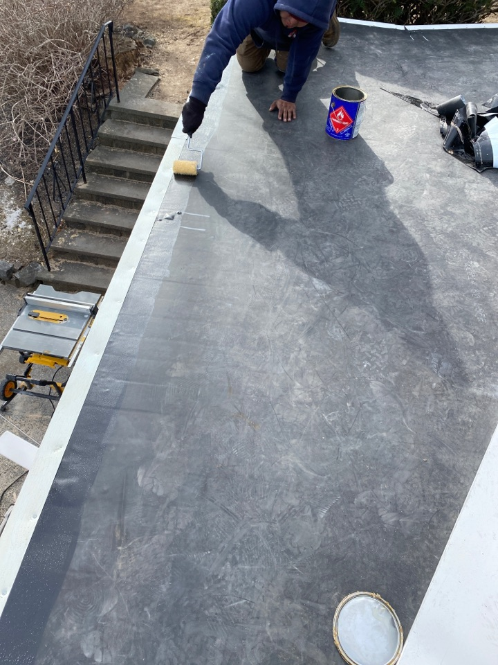 Marblehead, MA - Installing metal on a EPDM roof