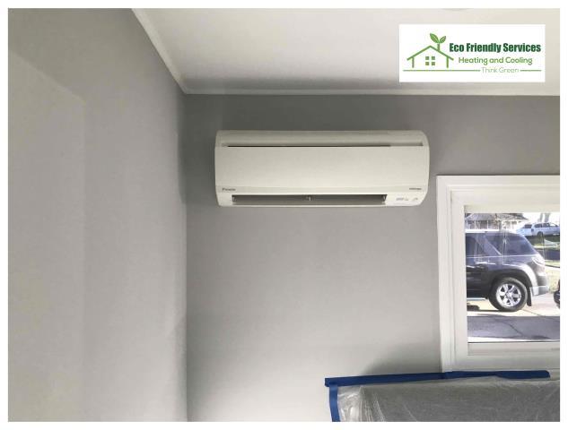 Lafayette Hill, PA - Installed a new  Daikin 17SEER Inverter Heat pump unit